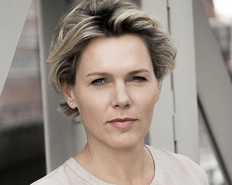 Dr. Nadine Feldhaus